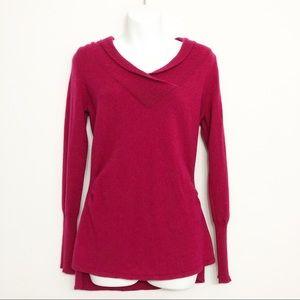 Tahari    100% Cashmere Fuchsia V Neck Sweater